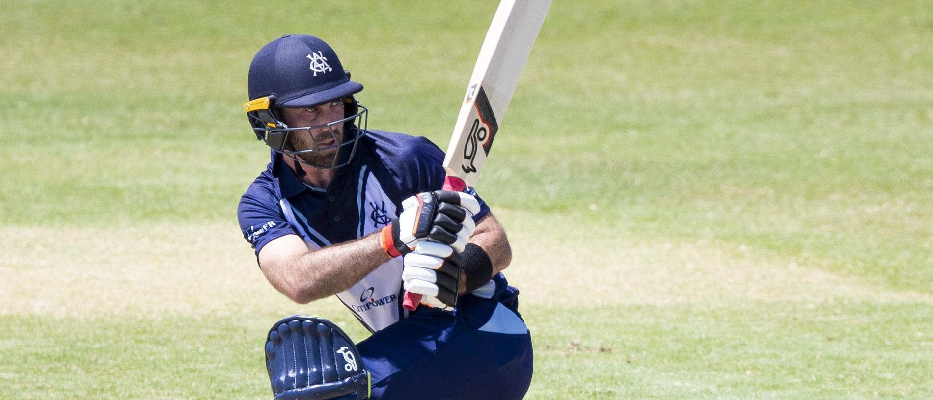 Glenn Maxwell of the Victoria plays a shot to bring up his half century during the JLT One-Day Cup match between Queensland and Victoria at Riverway Stadium, Townsville, Sunday, September 16, 2018, (AAP Image/Dave Acree) NO ARCHIVING, EDITORIAL USE ONLY