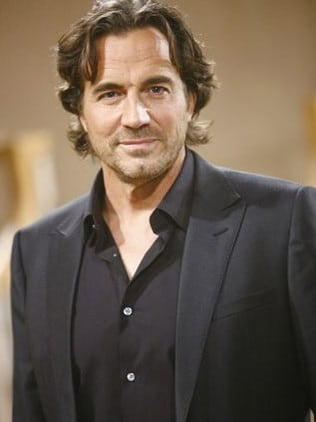 Thorsten Kaye now plays Ridge.