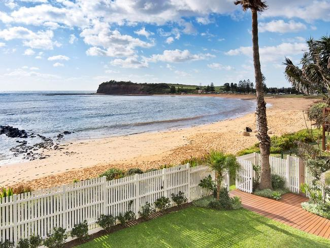 Many key sites have sold close to Collaroy beach this year.