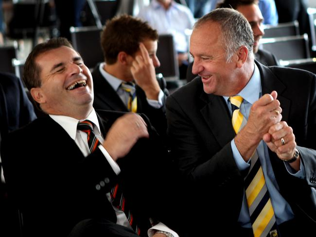 Ange Postecoglou (L) and Graham Arnold.