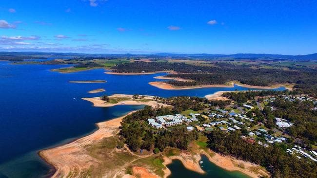 Cairns weather: Tinaroo Dam water supply sits at record low