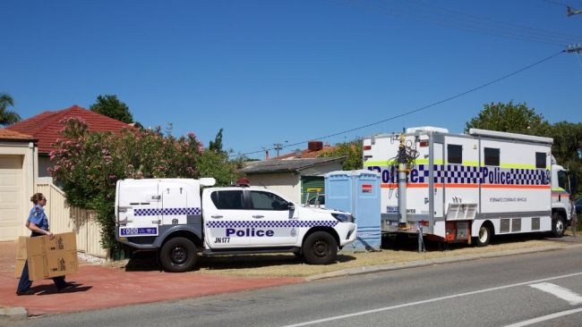 Police search a house at Kewdale that is connected to the historic Claremont killings in Perth on Friday, December 23, 2016. Image: CHP