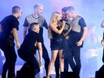 GOLD COAST, AUSTRALIA - APRIL 15: Samantha Jade performs during the Closing Ceremony for the Gold Coast 2018 Commonwealth Games at Carrara Stadium. (Photo by Michael Dodge/Getty Images)