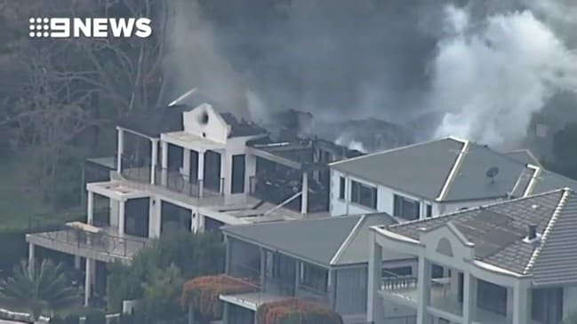 Sydney waterfront mansion erupts in flames (9 News)