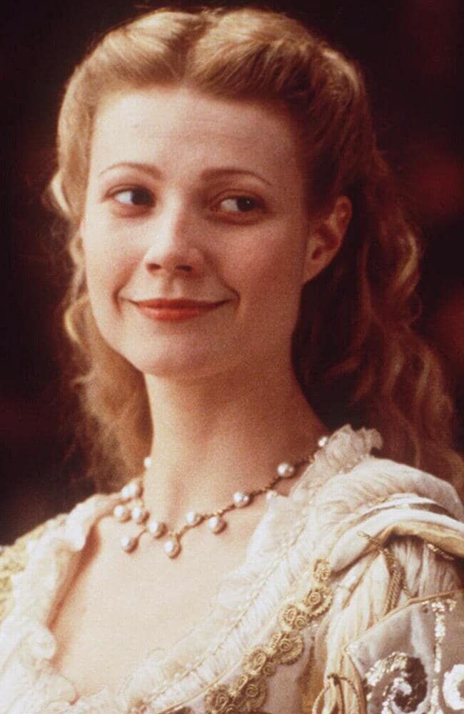 Apple looks just like Paltrow in 1999 film Shakespeare in Love
