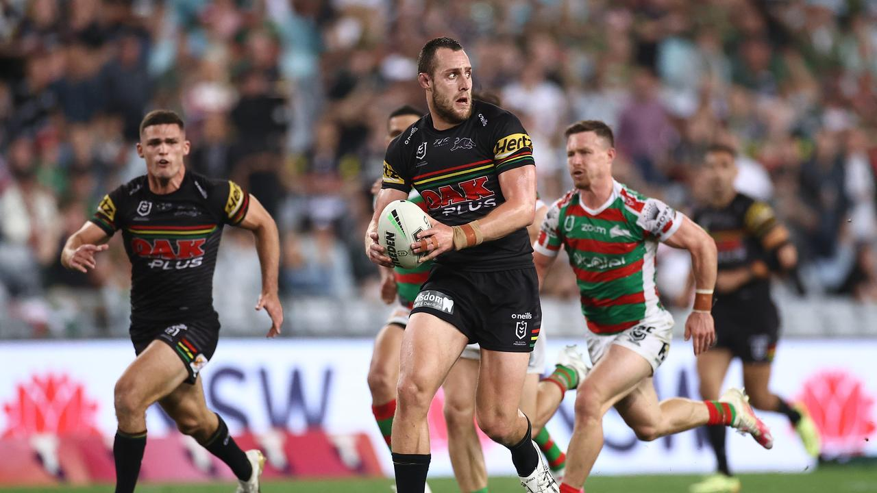 Isaah Yeo makes a break for the Panthers