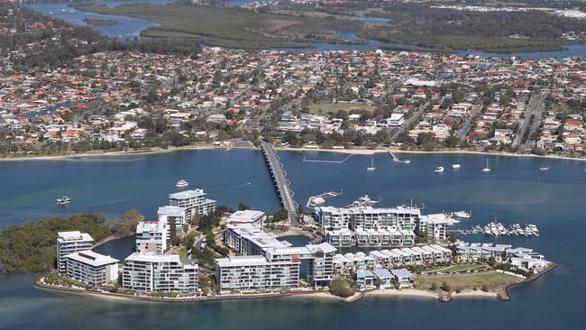 Triple suicide on Gold Coast | Gold Coast Bulletin
