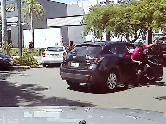 Dashcam footage: Brisbane driver lashes reverse parker at