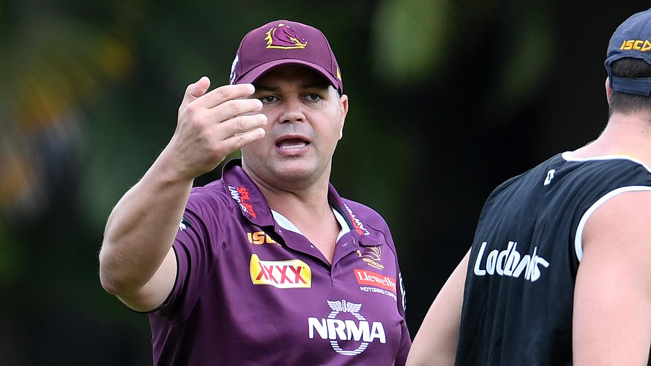 Anthony Seibold will have to bear the weight of expectation after linking up with the Broncos after only one year as an NRL head coach. (AAP Image/Dan Peled).