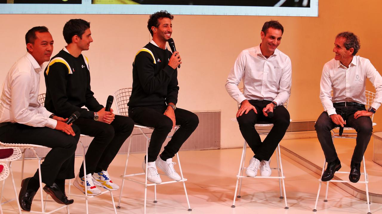 Ocon, Ricciardo, Abiteboul and Prost at the Renault launch.