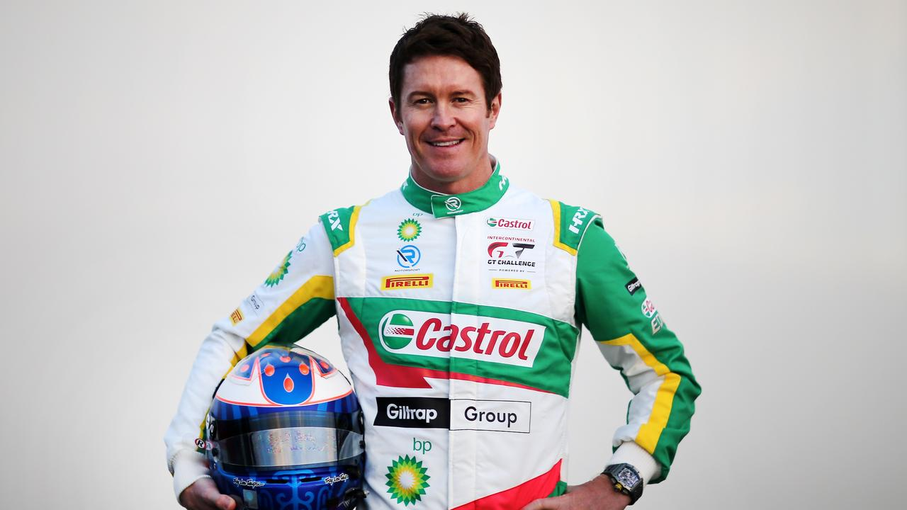 Scott Dixon in his R-Motorsport threads.