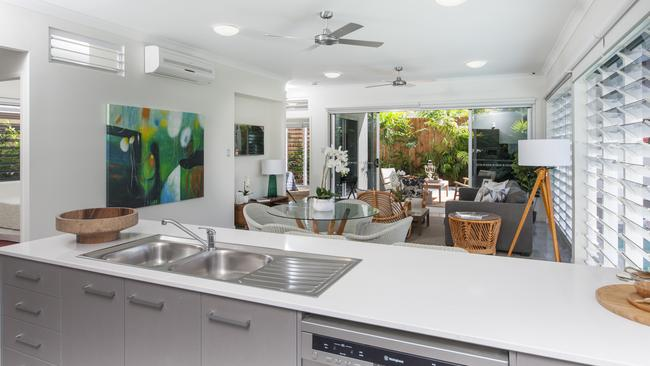 HIA's Australian GreenSmart Display Home of the year by MyStyle Homes