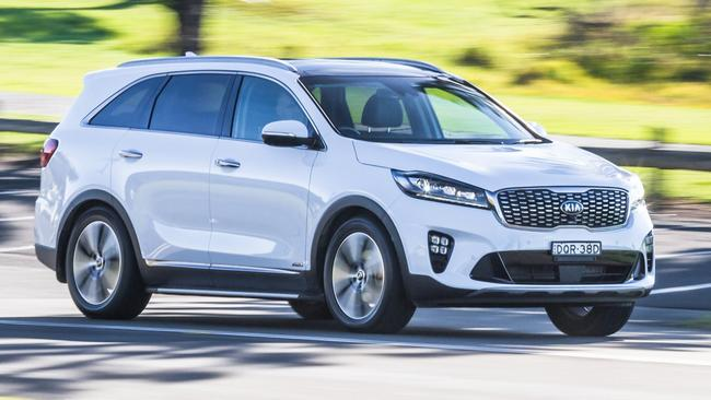 Sorento: Conservative Interior And Trails The Related Santa Fe On Safety  Gear