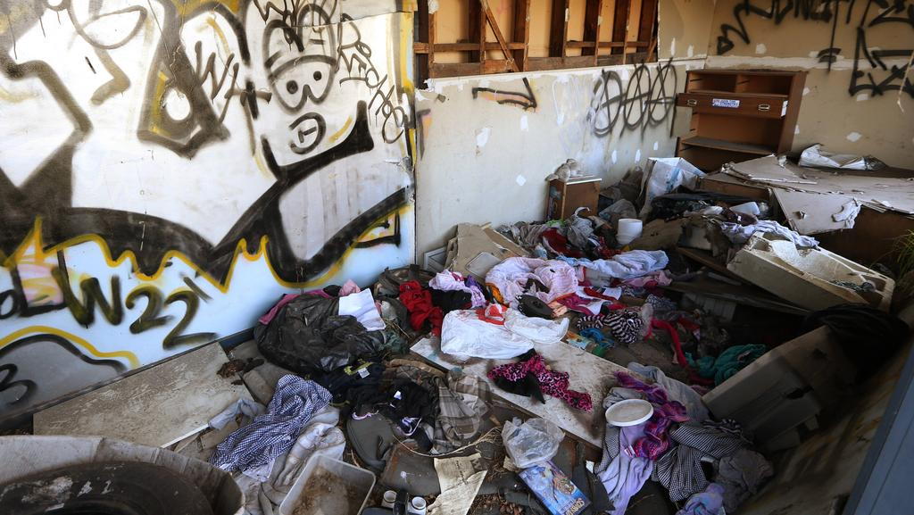 Derelict Drug Den House In Melbourne S West Angers