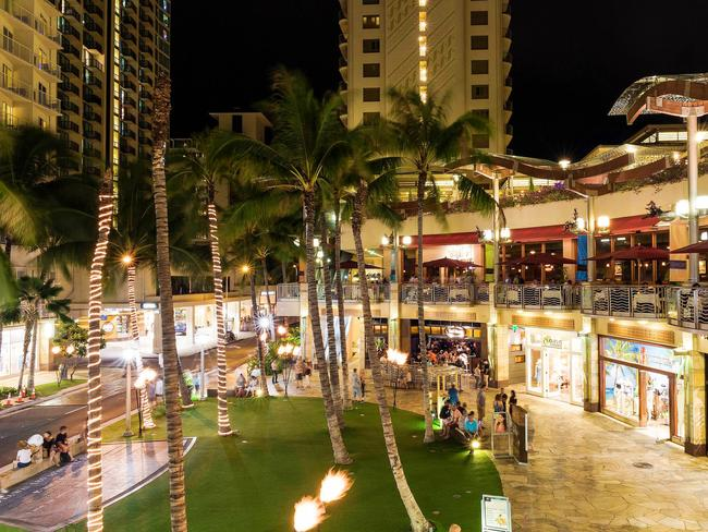 a942ba6c1 12 top Hawaii shopping hot spots in Waikiki