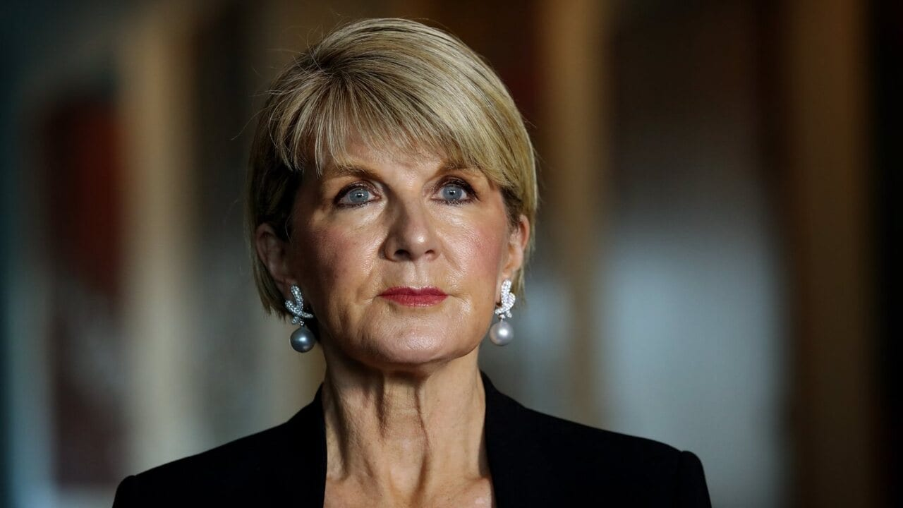 Julie Bishop resigns as foreign minister