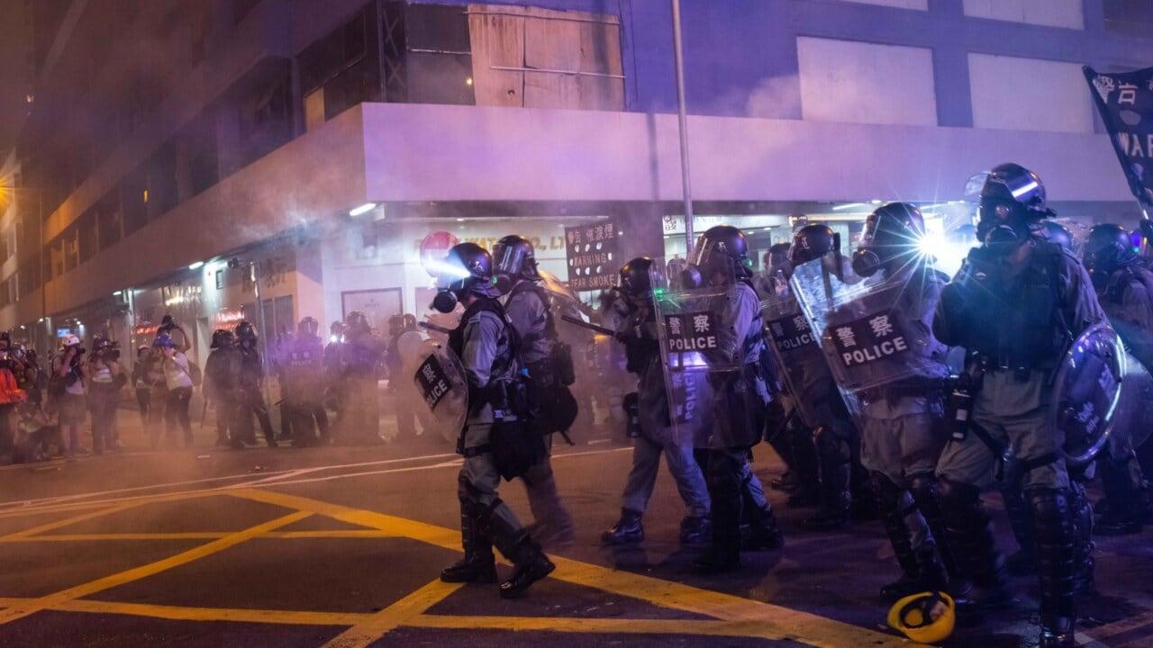 Hong Kong issues warning to protestors