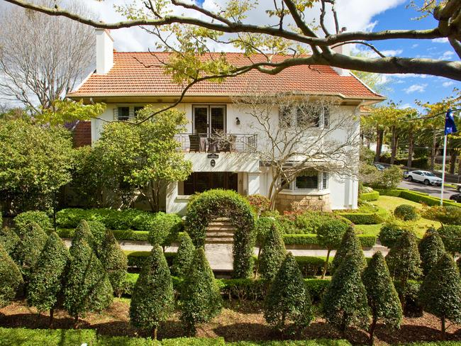 The home at 92 Victoria Rd, Bellevue Hill.