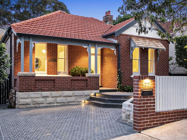 77 Amherst St, Cammeray.