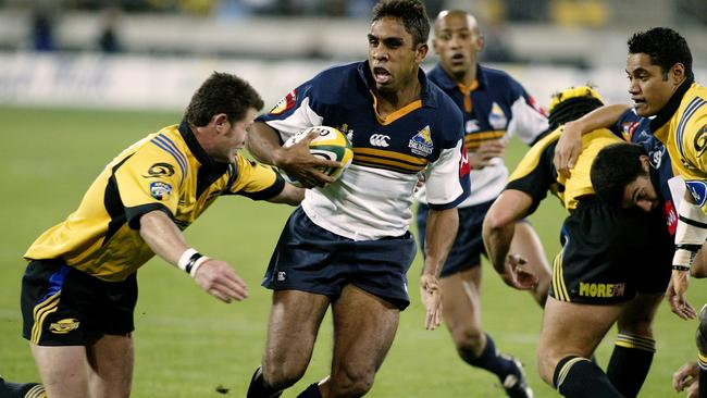 Andrew Walker in action for the Brumbies.
