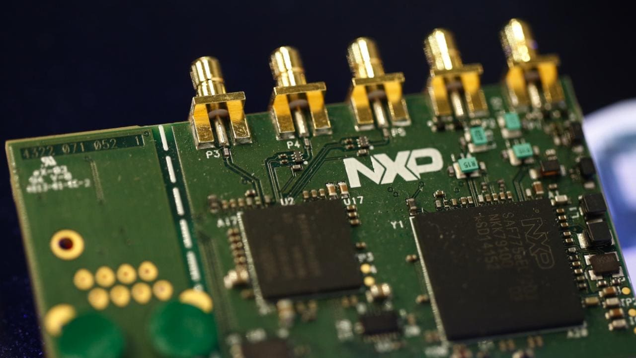 China to OK Qualcomm takeover of NXP