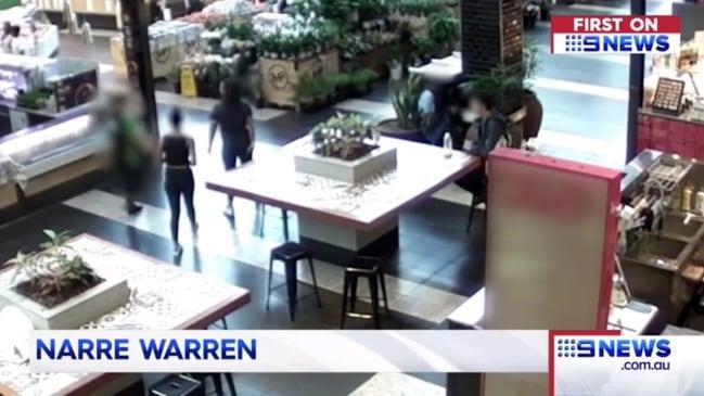 Teen girls' violent attack on chicken shop worker (9 News)