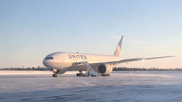 The plane where the passengers are stranded.