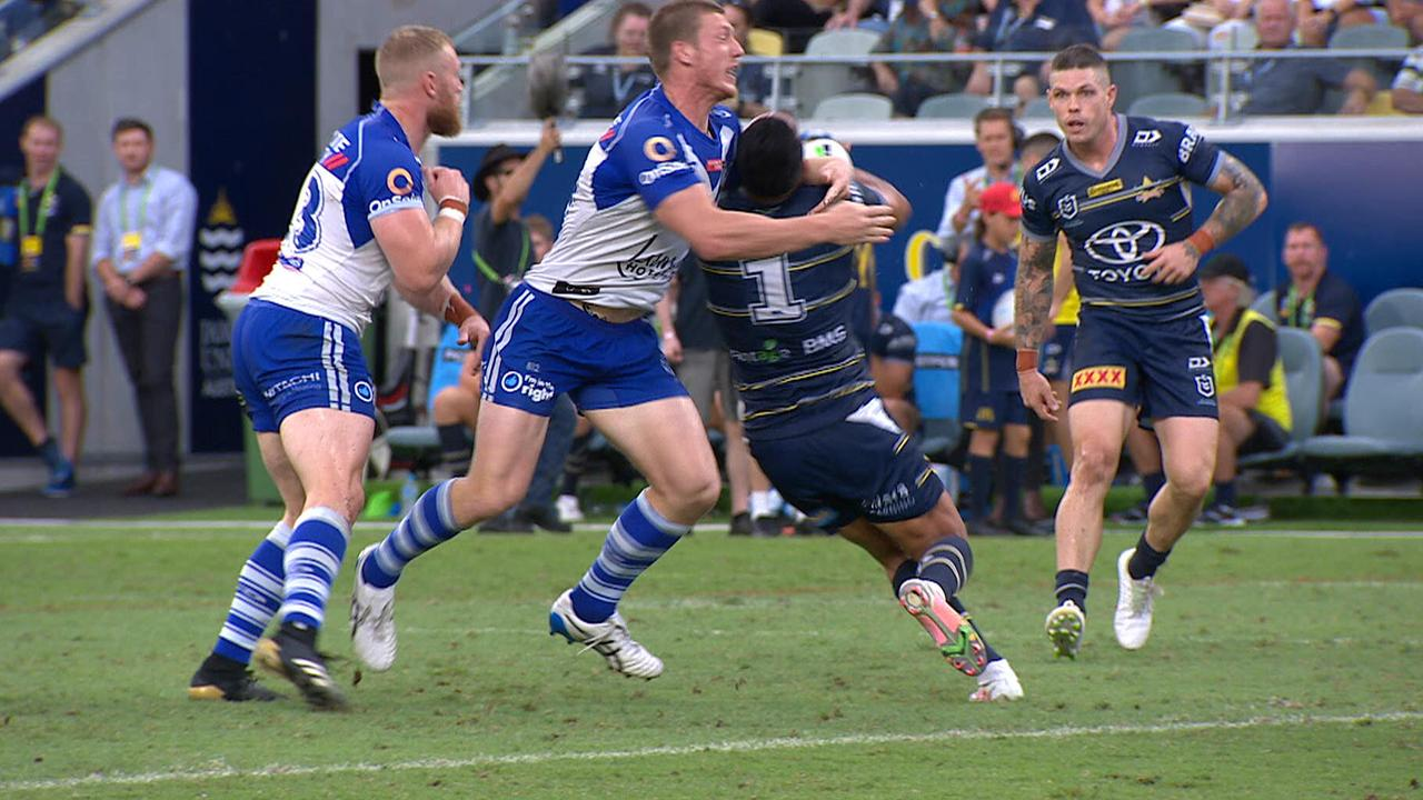 Bulldogs' Jack Hetherington facing lengthy ban after being sent off for tackle on Valentine Holmes – Fox Sports