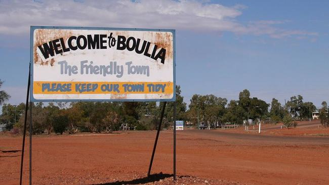 Welcome to Boulia, the bloody hot town.