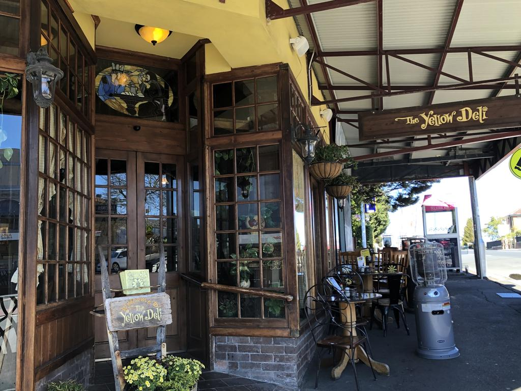 The Yellow Deli on the corner of Waratah and Katoomba streets, Katoomba, is a popular lunch spot for tourists.