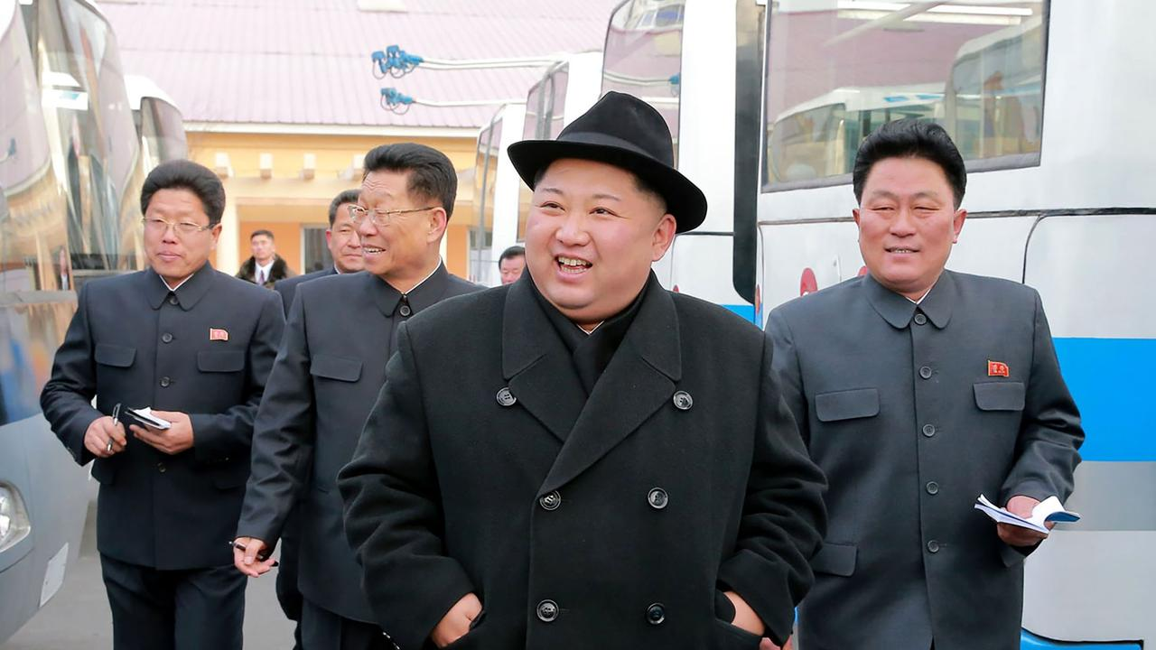 north korea flouting sanctions helping syria develop chemical