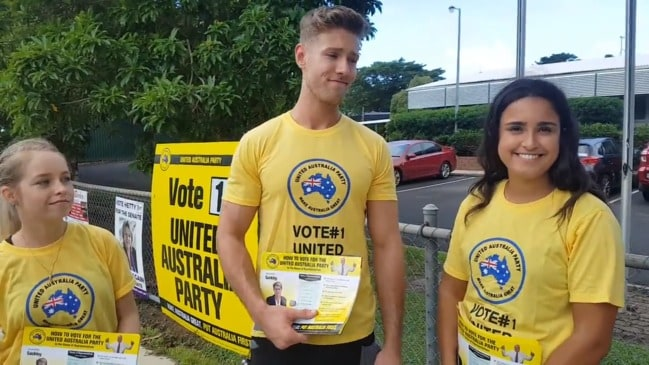 Clive Palmer 'volunteers' in Cairns cannot name any of his policies