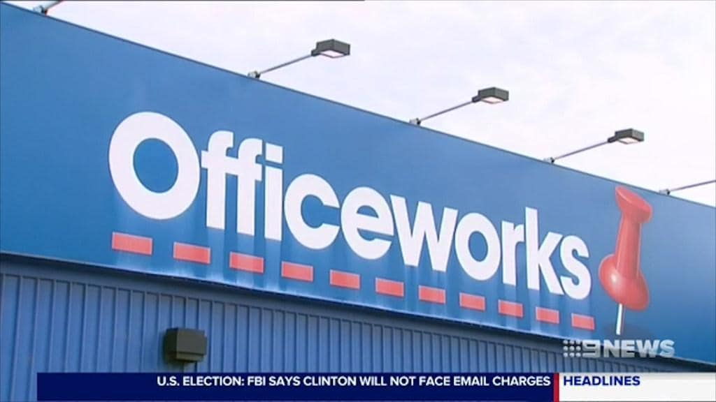 Youths raid Officeworks in South Yarra, stealing headphones