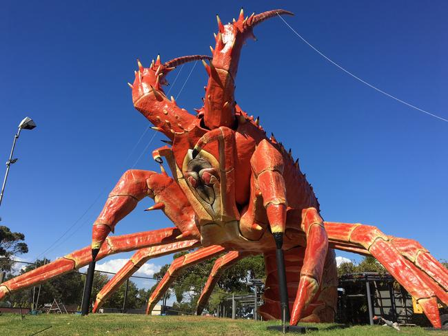 Larry the Lobster in Kingston, South Australia, has fallen on hard times.