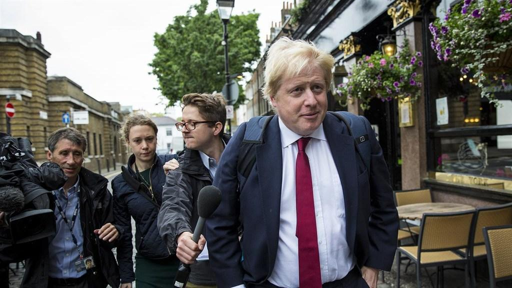 Brexit Campaigner Boris Johnson Heckled