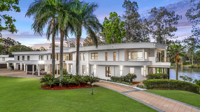 Clive Palmer bought this house at 36 Needham St, Fig Tree Pocket, in 2018.