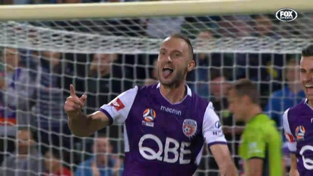 Franjic slots Glory in front
