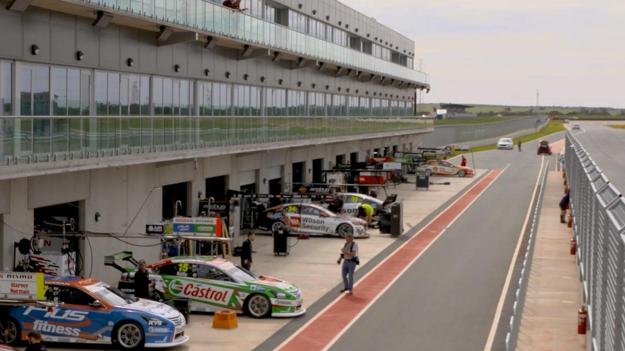 Ultimate Guide to Supercars' debut at The Bend, the OTR SuperSprint.