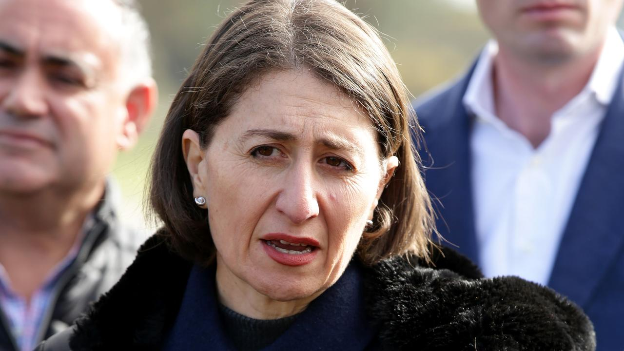 Berejiklian to cut 2500 jobs