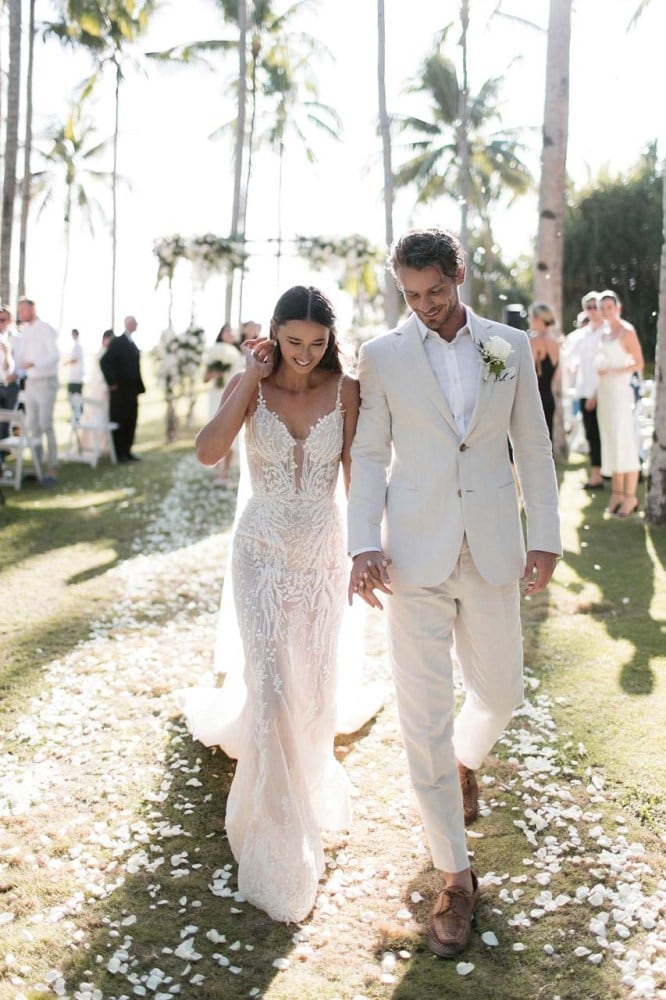 Inside Eleanor Pendleton's elegant shoreside wedding