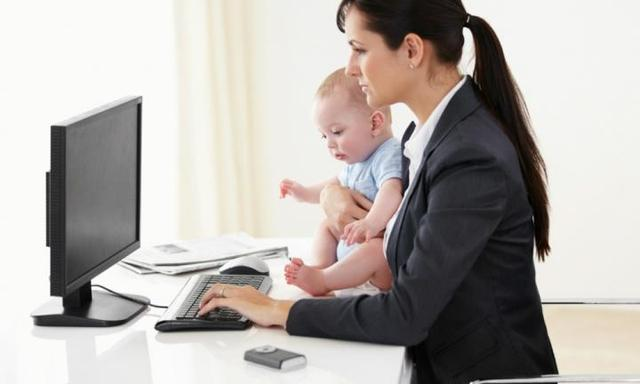 Dear employers: This is how you can support working mums