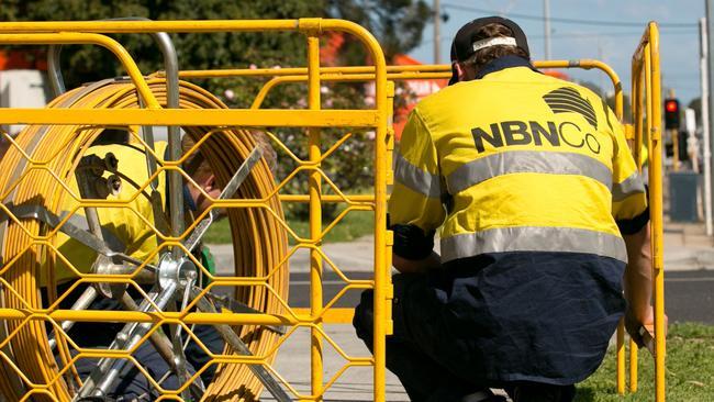 Amaysim home internet: Provider dumps NBN, customers call