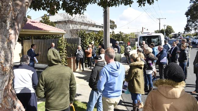 A recovery in the Melbourne market has returned buyers to Geelong auctions. Picture: Alan Barber