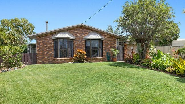This house at 13 Pillich St, Kawana, sold for $367,000.