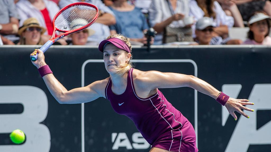 Eugenie Bouchard Instagram Tennis Star Bored Lonely Asks Fans To