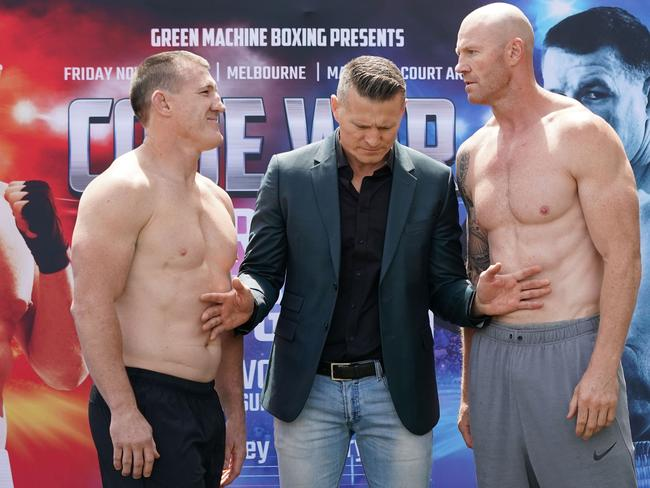 Paul Gallen weighed in just 0.4kg lighter than Barry Hall.