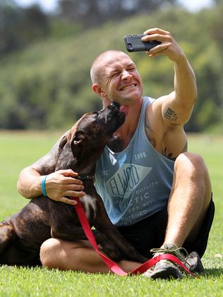 Jason Siebert and Sonny taking a selfie after going on the inaugural Rescue Your Fitness pack run.