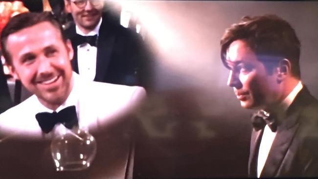 Jimmy Fallon parodies La La Land in a prerecorded opening.