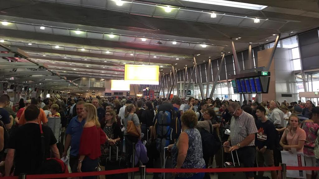Sydney Airport Domestic Terminal Hit With Overcrowding And Queues - Sydney airport to cruise ship terminal