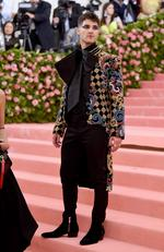 Darren Criss attends The 2019 Met Gala Celebrating Camp: Notes on Fashion at Metropolitan Museum of Art on May 06, 2019 in New York City. (Photo by Jamie McCarthy/Getty Images)